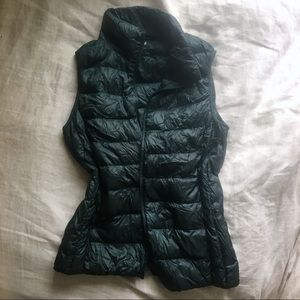 Hunter Green Uniqlo Down Vest